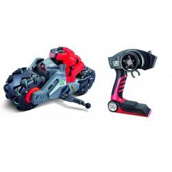 Moto cyklone drift avec roues dérapantes